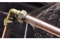 Five Steps to Follow When a Pipe Bursts in Your Home